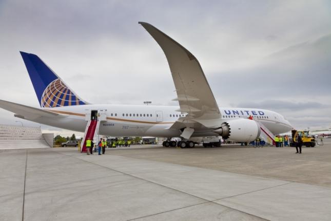 Boeing-787_United