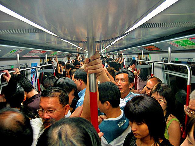 HK-MTR-Congestion-2